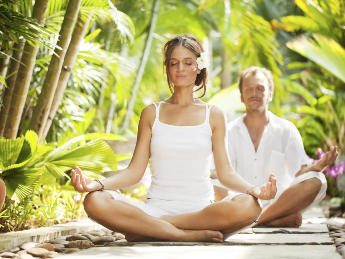 The benefits of meditating as a couple 23