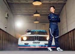 Treffen der Generationen: BMW Junior Team und Marc Surer testen BMW Rennfahrzeuge von damals und heute