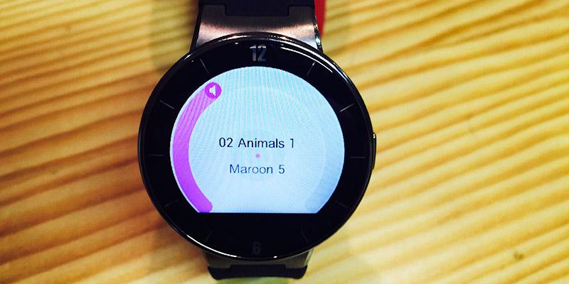 Alcatel Watch - hudební přehrávač
