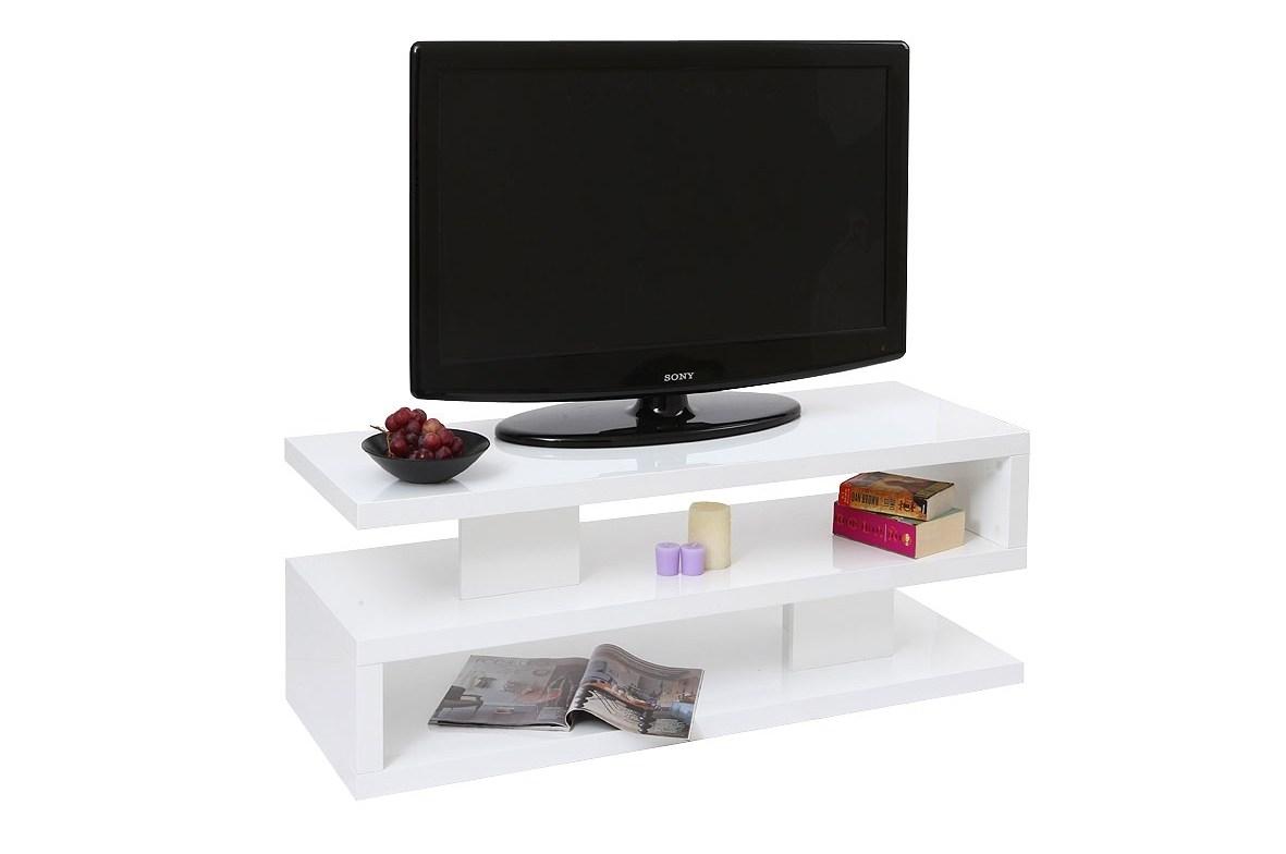 Installer Correctement Une Television Dans Un Salon Miliboo Blog