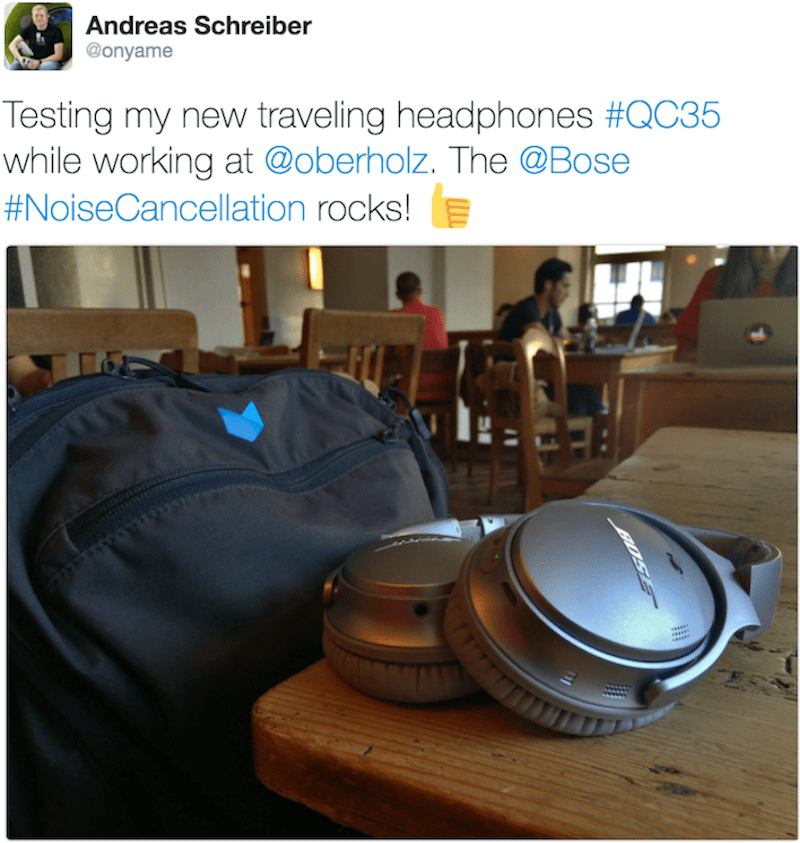 How to sleep on a plane – Andreas Schreiber and his Bose QC35 headphones
