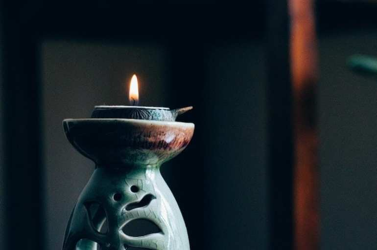 Candle to meditate