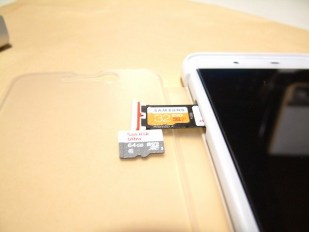 サムスンの32GBからSanDiskの64GBにチェンジ!