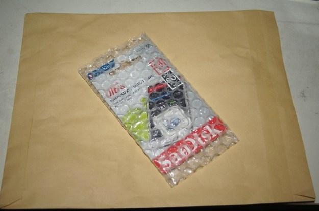 サンデスクの64GBマイクロSDカード…キタ━━━━(゚∀゚)━━━━!!