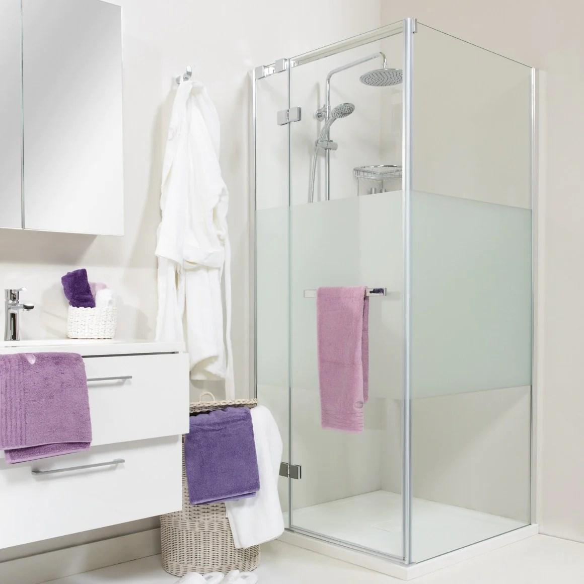 Mobexpert Blog - Cum să amenajezi cu stil o baie mică