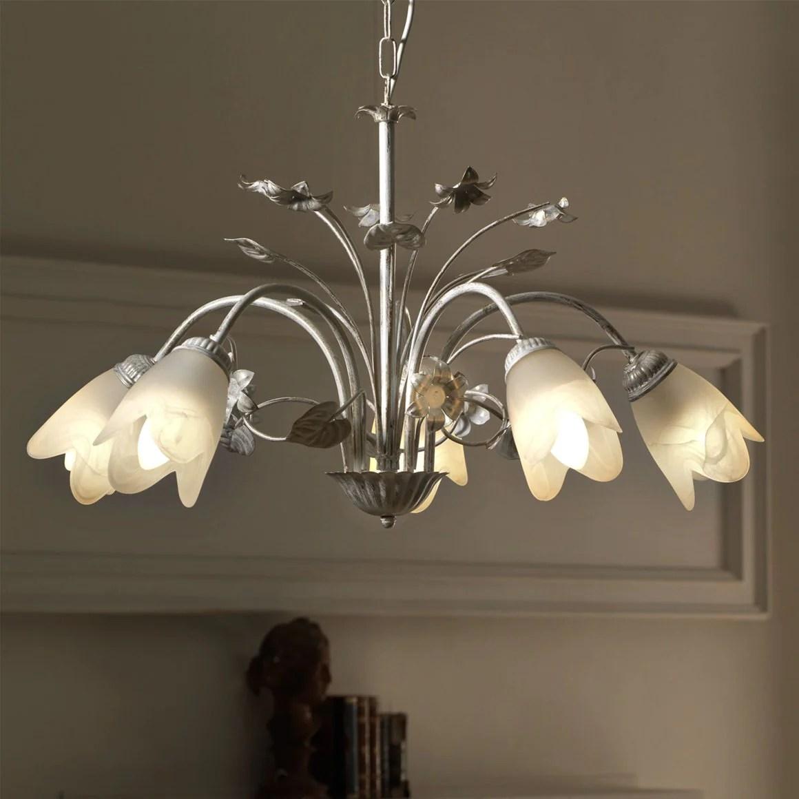 iluminat pentru apartament mic