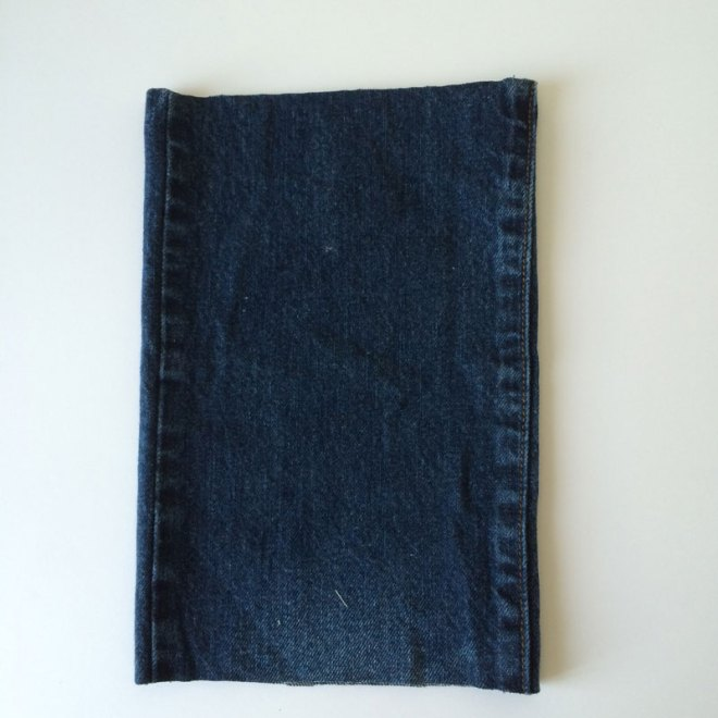 Cutting-Table---Jeans-Bag-1