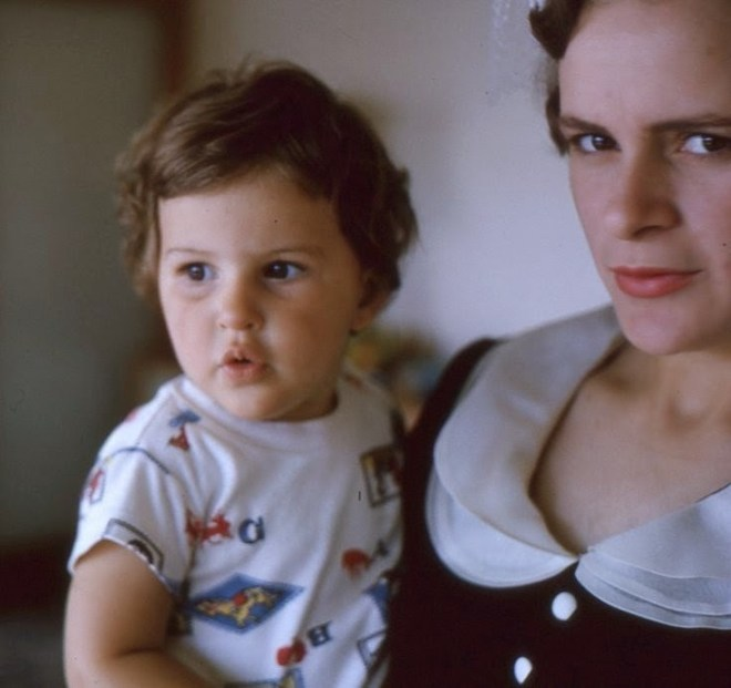Jane Davidson And Her Mother Rhonda In 1964