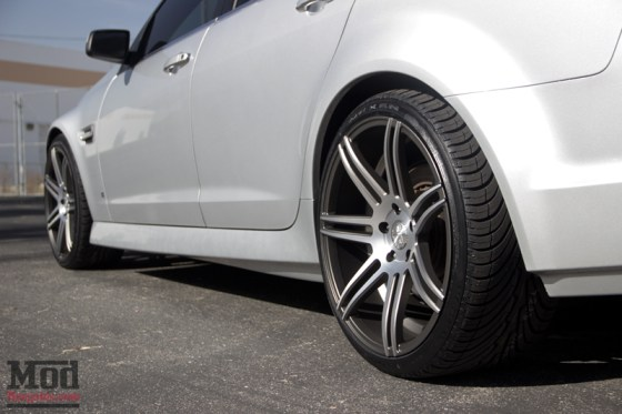 Silver Pontiac G8 Silver 7 Spoke Concept One Wheels