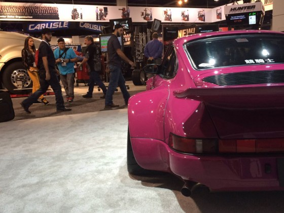 Wide Wheels Pink Porsche Flush Spoiler