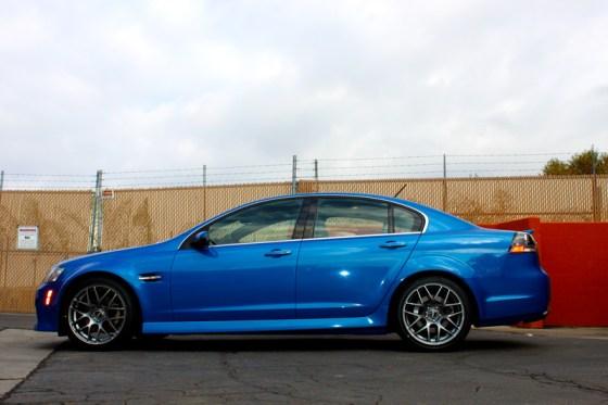 Blue Pontiac G8 VMR V710 Wheels Sideview