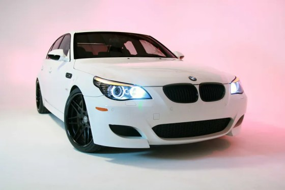 todds-bmw-e60-m5-snow-white-004