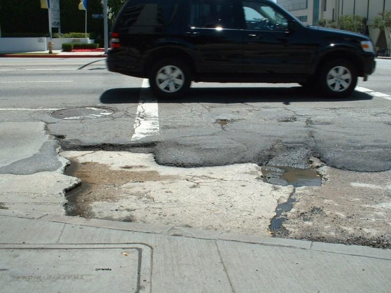 0-pothole-1