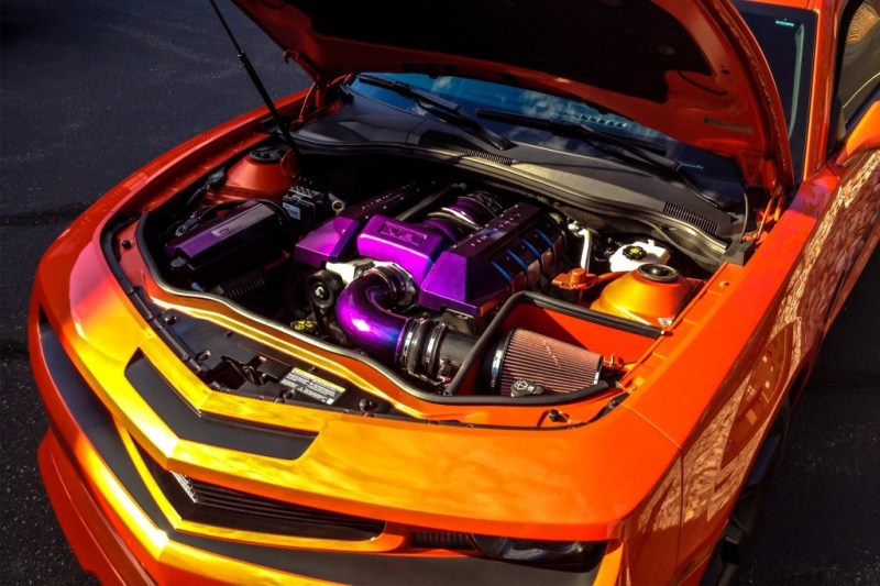 orange-camaro-ss-f14-hood-015