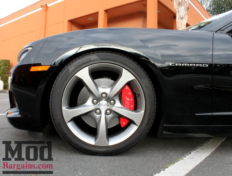 chevrolet-camaro-ss-2014-black-on-bc-coilovers-mgp-caliper-covers-002