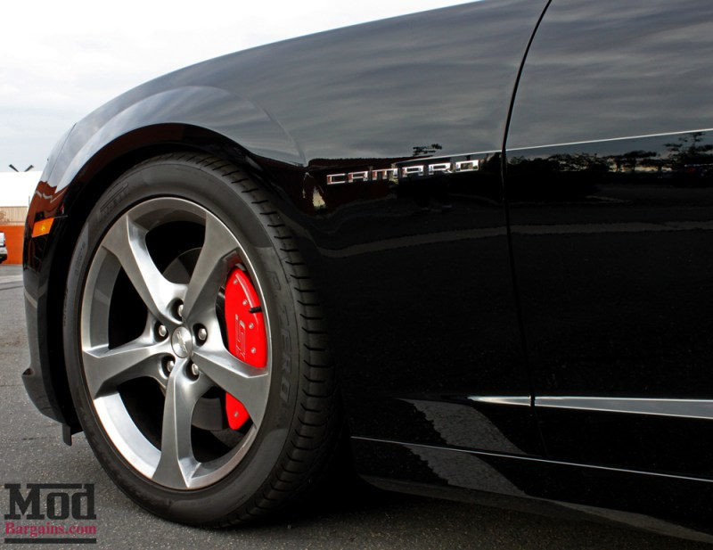 chevrolet-camaro-ss-2014-black-on-bc-coilovers-mgp-caliper-covers-004