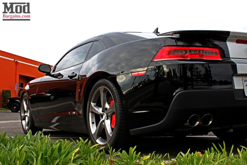 chevrolet-camaro-ss-2014-black-on-bc-coilovers-mgp-caliper-covers-005