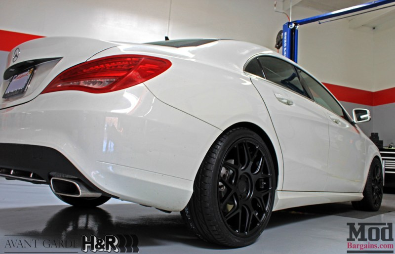 Mercedes_CLA250_HR_Springs_Avant_Garde_Black_Wheels_after_005