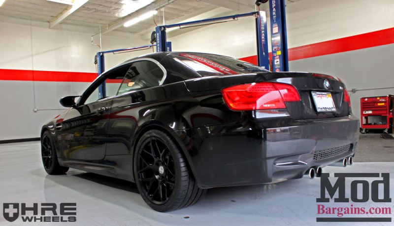 black-bmw-e93-on-black-hre-ff01-wheels-img003