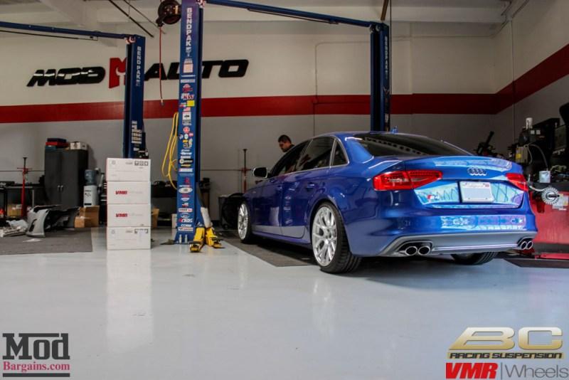Audi_B8_S4_Blue_VMR_V803_HSL_19x95_255-35-19-4