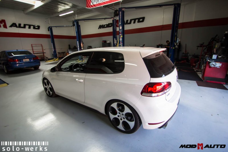 Solo-Werks-Coilovers-For-VW_Golf_GTI_Mk7_-2