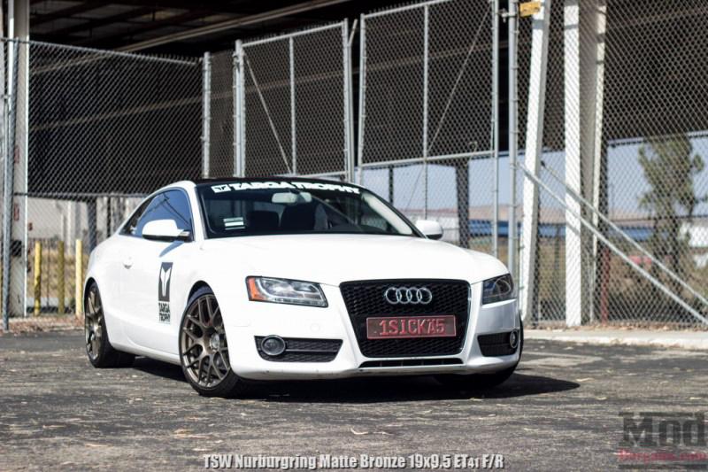 Audi_B8_A5_TSW_Nurburgring-Matte-Bronze-19x95et41_HR_Springs_CF_Spoiler_RS5_grille (1)
