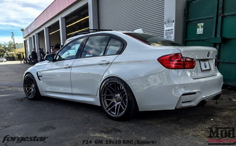 Forgestar-F14-19x10-GM-on-F80-BMW-M3-img-2