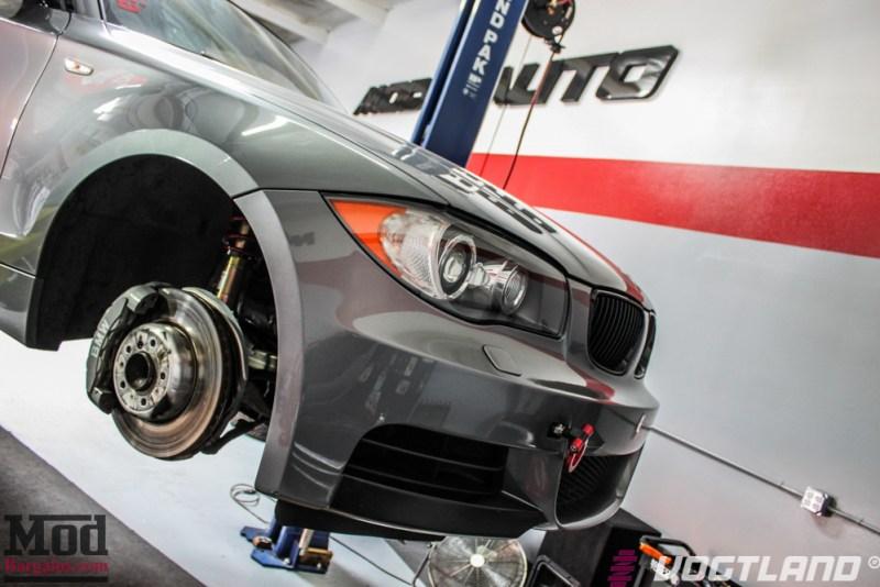 BMW_E82_135i_Ivan_Vogtland_Coilovers_VMR_V701-white-5