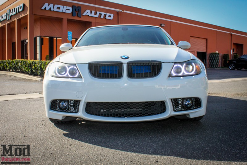 BMW_E90_328i_White_M3_Bumper_Msport_RR_-2