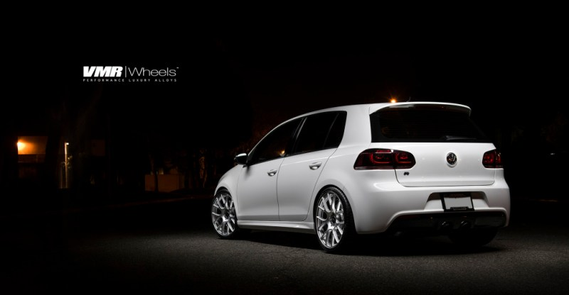 VW-MK6-Golf-R-V810-19-Hyper-Silver