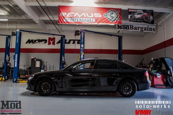 Quick Snap: Blacked-Out B8 Audi A4 on Solo-Werks Coilovers & VMR V701s Gets RS4 Grille