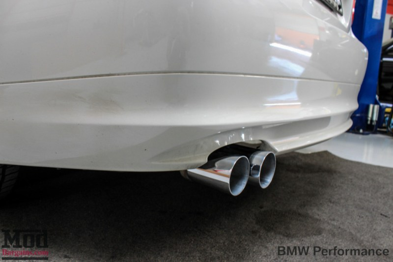 BMW_E90_328i_White_BMW_Performance_Exhaust_Only-8