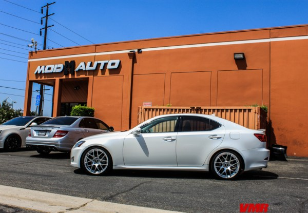 Quick Snap: Lexus IS250 on VMR V710 Wheels @ ModAuto