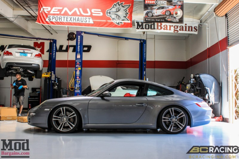 Porsche_997_Carrera_on_BC_Coilovers