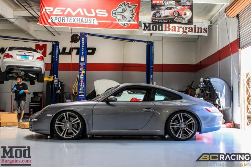 Porsche_997_Carrera_on_BC_Coilovers