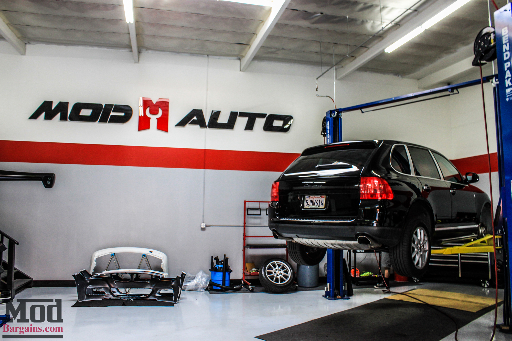 Quick Snap Porsche Cayenne On BC Coilovers Gets Low - Acura mdx coilovers