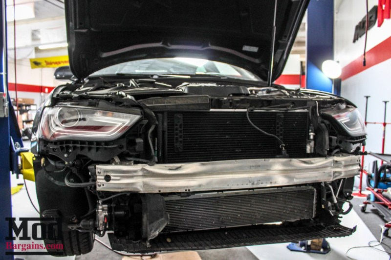 Audi_B85_A5_AWE_HRE_FF01_S5Grille_HR-1