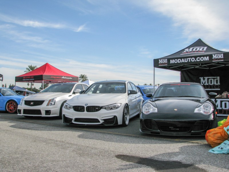 Winter_Drive_2015_Dec5_ModBargains_booth-11