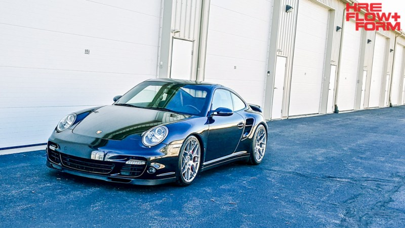 Porsche_997_turbo_on_HRE_FF01_Liquid_Silver (6)