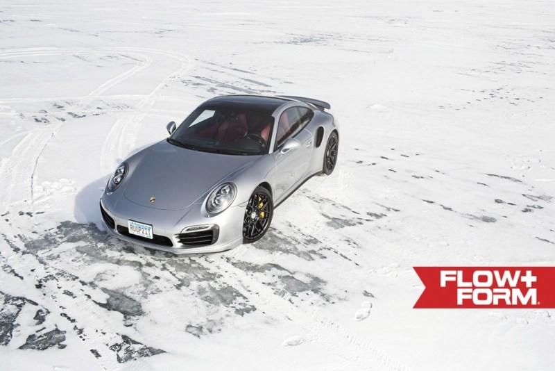 Porsche_991_Turbo_S_on_HRE_FF01_Tarmac_in_Snow (7)