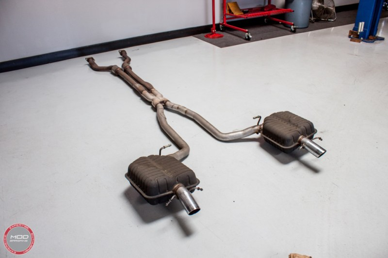 Cadillac_CTS-V_Wagon_Stock_Exhaust (2)