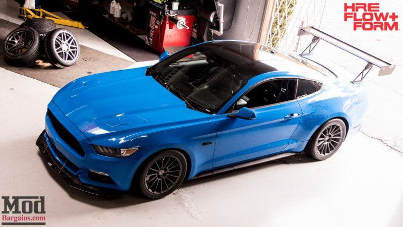 Ford_S550_Mustang_GT_HRE_FF15_APR_MichaelChen-14-1024x576