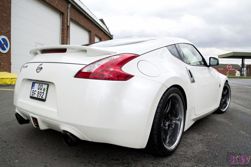 Nissan_370Z_Z34_KW_Coilovers_Img002