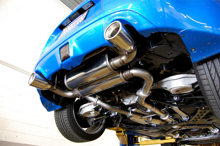 Stillen_Exhaust_370z_Dual_Exhaust_Installed_Underneath_view2