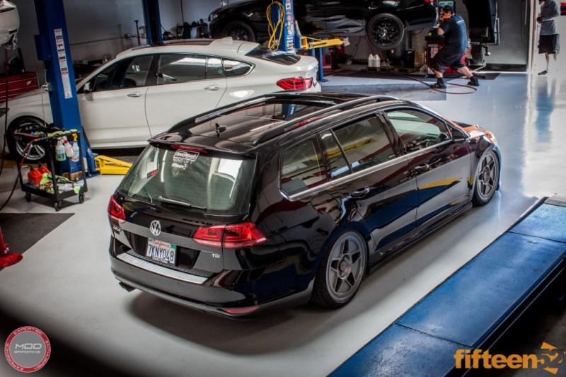 VW_Golf_Sportwagen_Fifteen52_Tarmac_R43_Airlift (11)