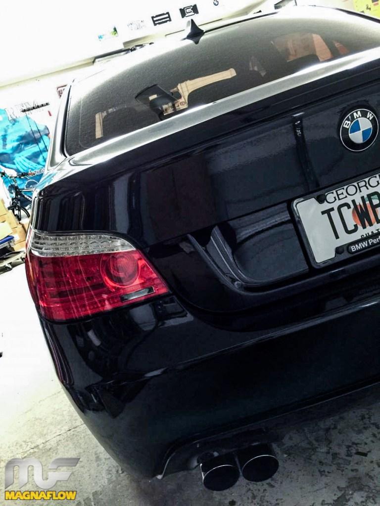 BMW_E60_550i_16559_Magnaflow_Exhaust_img001