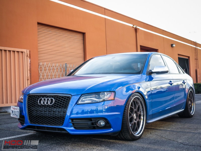Audi_B8_S4_SepangBlue_RS_Grille (1)