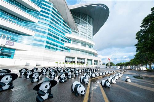 1600 Pandas in front of the Hong Kong Convention and Exhibition Centre