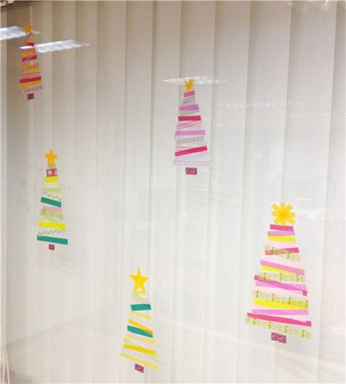 Today's Christmas craft: Washi Tape window decoration