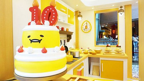 Gudetama turns 10 and celebrates with cake and egg tart in Hong Kong.